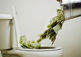 Money toilet (1)